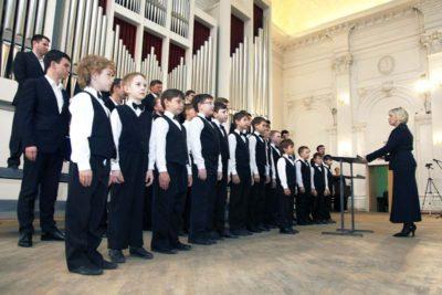 Совместное выступление хора мальчиков МЭЛ и Архиерейского мужского хора Саратовской митрополии.